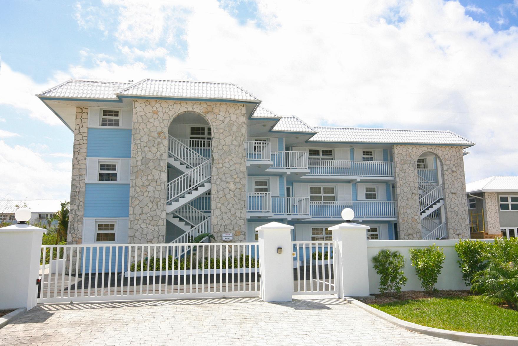 Brand New Luxury 2 Bedroom Condo on the Canal in Lucaya Grand Bahama, Bahamas