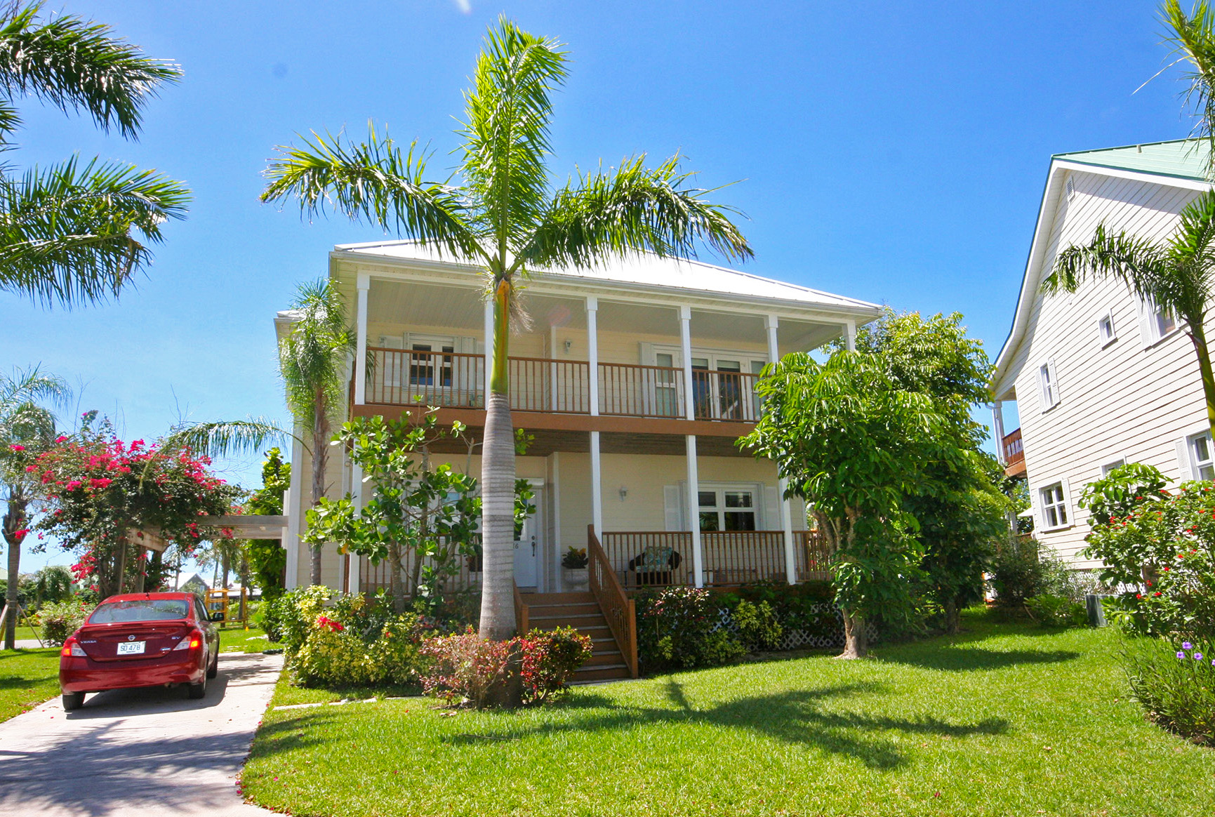 Single Family Home for Rent at Superbly Customized Home in Shoreline! Fortune Beach, Grand Bahama, Bahamas