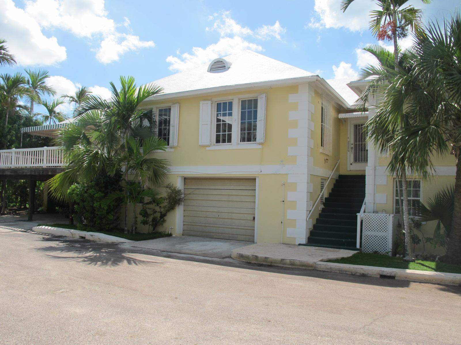Co-op / Condo for Rent at Spacious Condo in Quiet Cul-de-sac Cable Beach, Nassau And Paradise Island, Bahamas