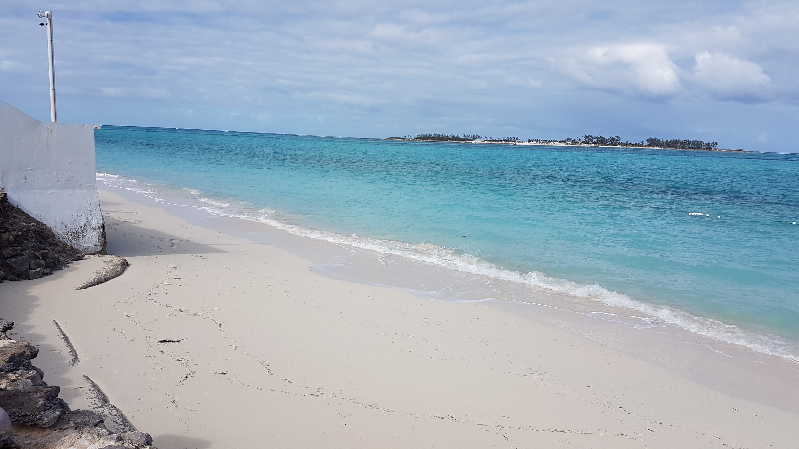 Co-op / Condo for Rent at #6B Carefree, Cable Beach Cable Beach, Nassau And Paradise Island, Bahamas