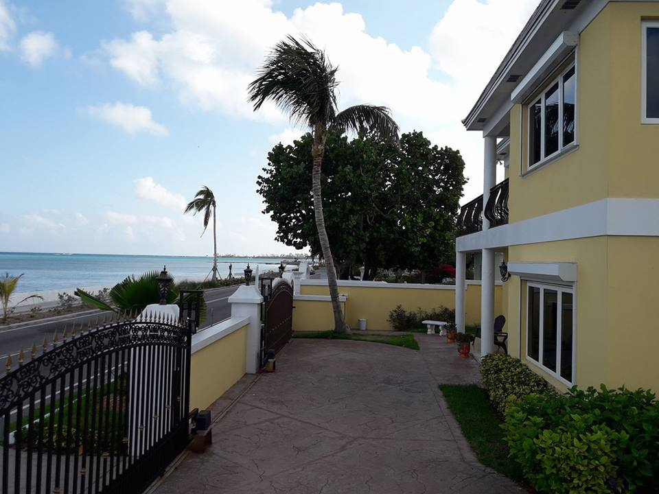 Single Family Home for Rent at Sundance House #293, West Bay Street Cable Beach, Nassau And Paradise Island, Bahamas