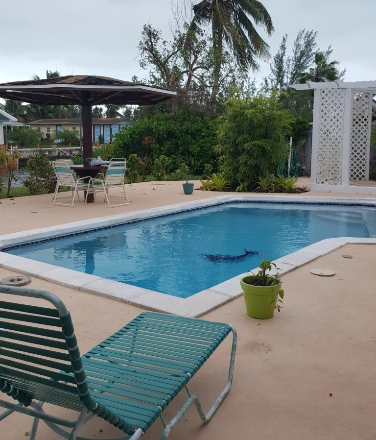 Single Family Home for Rent at Cozy Home in Coral Harbour Coral Harbour, Nassau And Paradise Island, Bahamas
