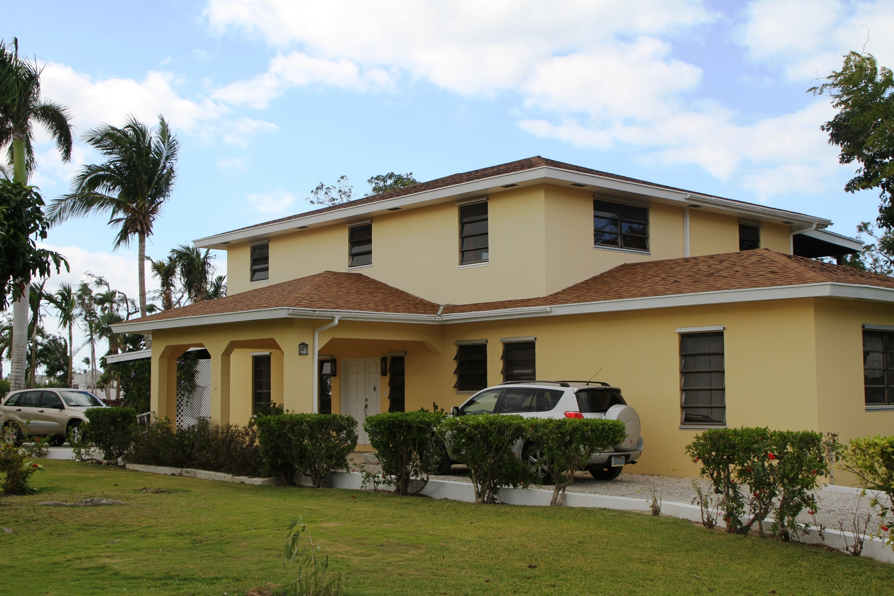 Single Family Home for Rent at Great, Family Friendly Lyford Cay Rental - MLS 32670 Lyford Cay, Nassau And Paradise Island, Bahamas
