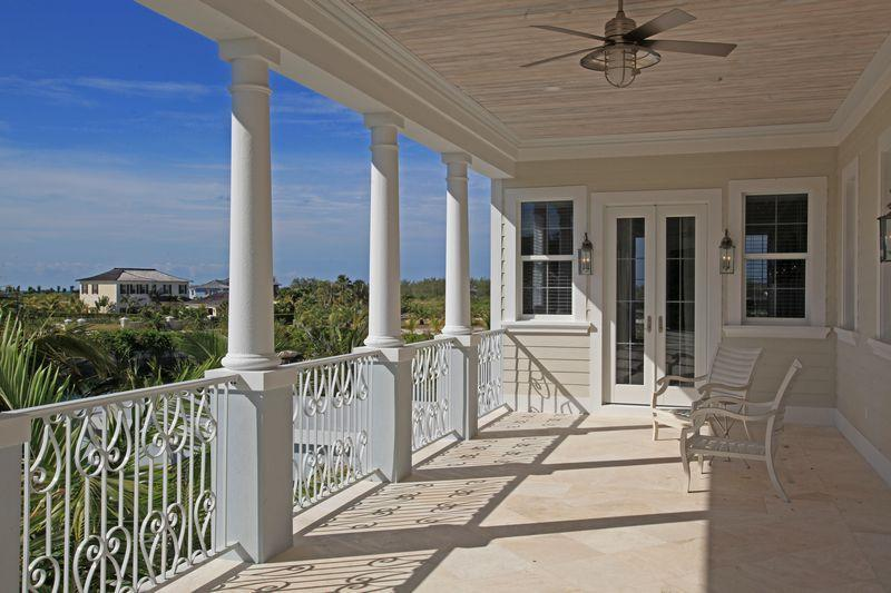 Additional photo for property listing at Seaspray Estate With Cottage and Dock Bahamas