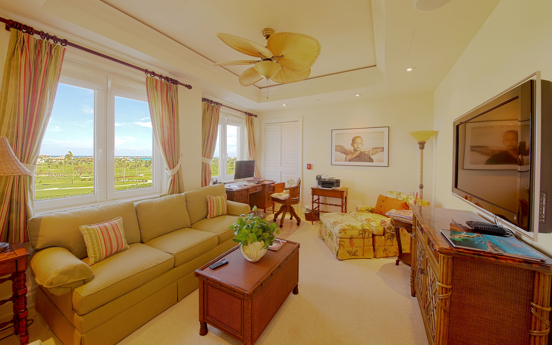 Additional photo for property listing at Ocean Club Residences and Marina - 5th floor condo on Paradise Island  MLS 29028 Ocean Club Estates, Paradise Island, Nueva Providencia / Nassau Bahamas
