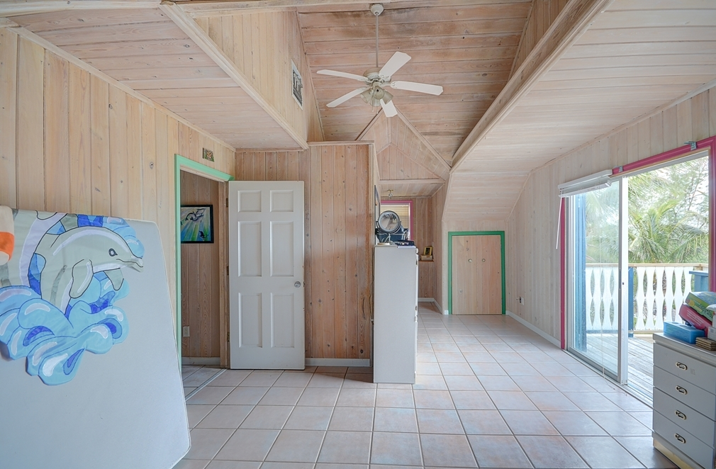 Additional photo for property listing at Income Home with Additional Rental Income Elbow Cay Hope Town, Abaco, Bahamas