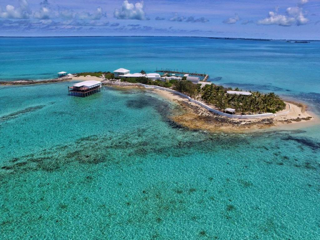 Additional photo for property listing at Private Island North Eleuthera - Exclusive - Unique - Exciting Commercial Possibilities! 伊柳塞拉岛, 巴哈马