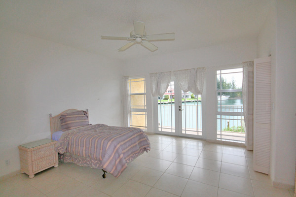 Additional photo for property listing at Beautiful Scarborough Villas in Bell Channel バハマ
