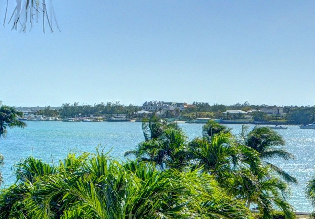 Additional photo for property listing at Single family home on Paradise Island, great elevations ! Nassau New Providence And Vicinity