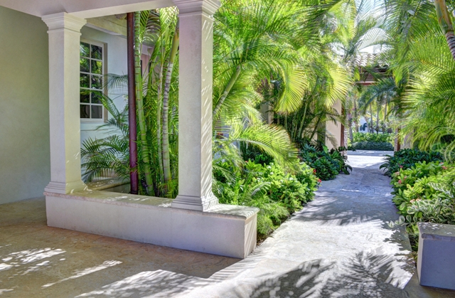 Additional photo for property listing at Cascarilla House - An Outstanding One-Of-A-kind Ocean Club Home  Paradise Island, Nassau En Paradijseiland,00000 Bahama Eilanden
