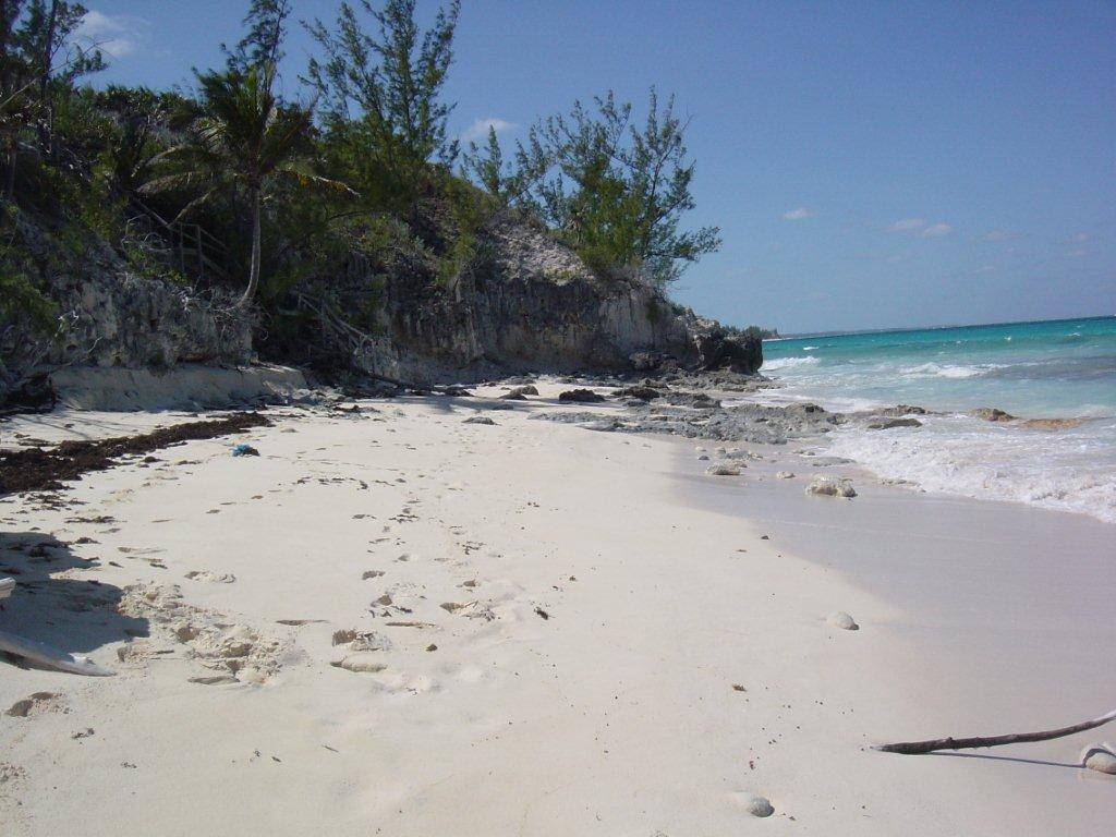 Additional photo for property listing at Paradise Found! Banks Road Beachfront Parcel. Eleuthera, Bahamas