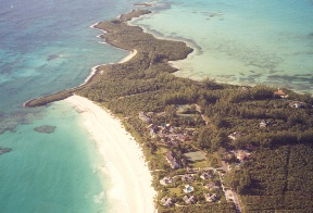 Additional photo for property listing at Windermere Lot 53 With 118 Feet Of Frontage On Beautiful Savannah Sound Windermere Island, Eleuthera, Bahamas