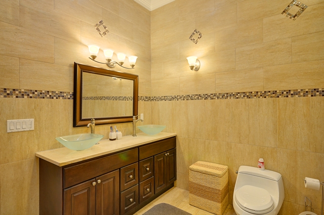 Additional photo for property listing at Prestigious Westridge Home Μπαχαμεσ