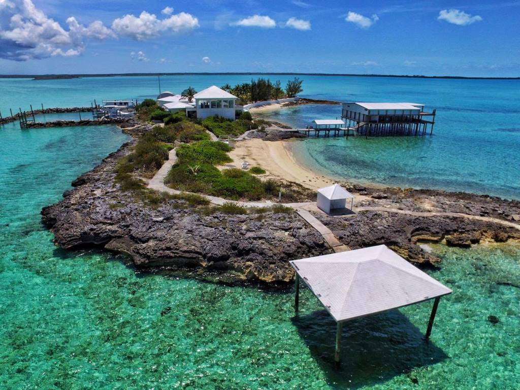 Additional photo for property listing at Private Island North Eleuthera - Exclusive - Unique - Exciting Commercial Possibilities! Eleuthera, 바하마
