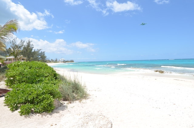 Additional photo for property listing at Columbus Cove contemporary garden apartment - MLS 29815 Love Beach, Nassau And Paradise Island, Bahamas