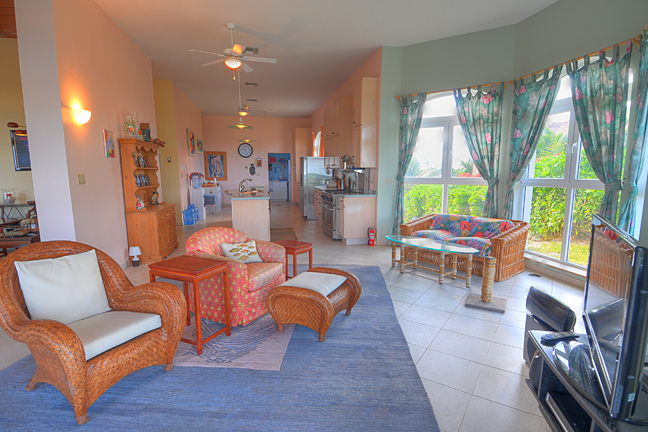 Additional photo for property listing at Hilltop Residence with Ocean and Lake Views Bahamas