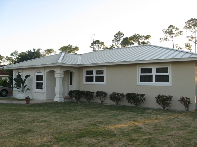 Additional photo for property listing at Beautiful Lucaya Home in Grasmere Subdivision Grasmere Subdivision, Grand Bahama, Bahamas