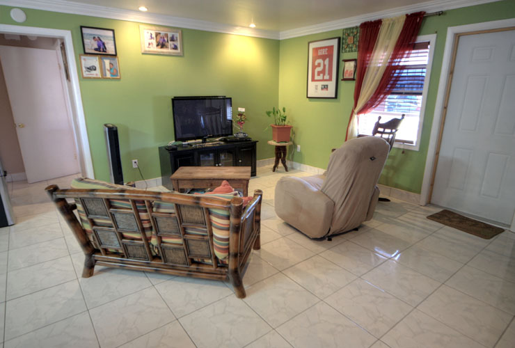 Additional photo for property listing at Charming Duplex in Central Pines, Abaco (MLS 22997) Marsh Harbour, Abaco, Bahamas