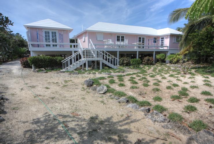 Additional photo for property listing at Palmetto Beach Villa, Abaco Island, Bahamas. Turnkey Beach Home (MLS 23322) Turtle Rocks, Abaco, Bahamas