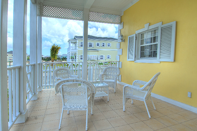 Additional photo for property listing at Beautiful Canalfront Home With All The Bells & Whistles Nassau New Providence And Vicinity