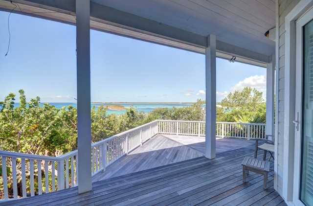 Additional photo for property listing at Beautiful Home Located at the center of The Abaco Club on Winding Bay (MLS 27561) Abaco, Bahamas