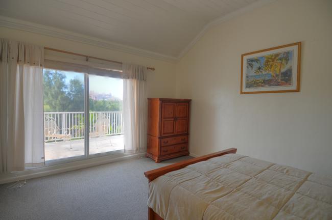 Additional photo for property listing at Beautiful and Secluded Paradise Island Townhouse Nassau And Paradise Island, Bahamas