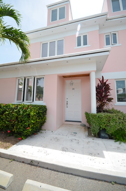 Additional photo for property listing at Best Priced End Unit at Seapointe Port New Providence, Yamacraw, Nassau And Paradise Island Bahamas