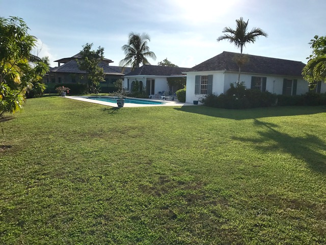 Additional photo for property listing at Lyford Cay Canal Front House Lyford Cay, Nassau And Paradise Island, Bahamas