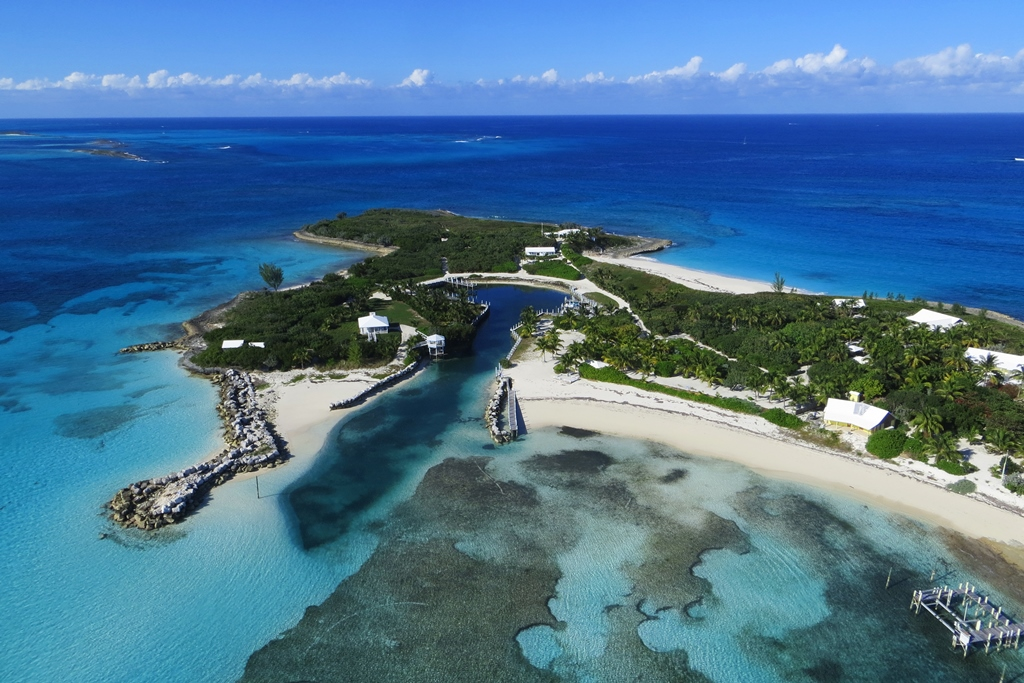 Additional photo for property listing at The Iconic Abaco Estate On Man O War Cay, The Bahamas Abaco, Bahamas