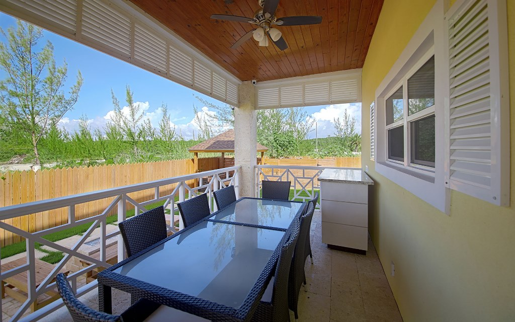 Additional photo for property listing at Prestigious Westridge Estate with Smart Home Features Westridge Estates, Westridge, Nassau And Paradise Island Bahamas