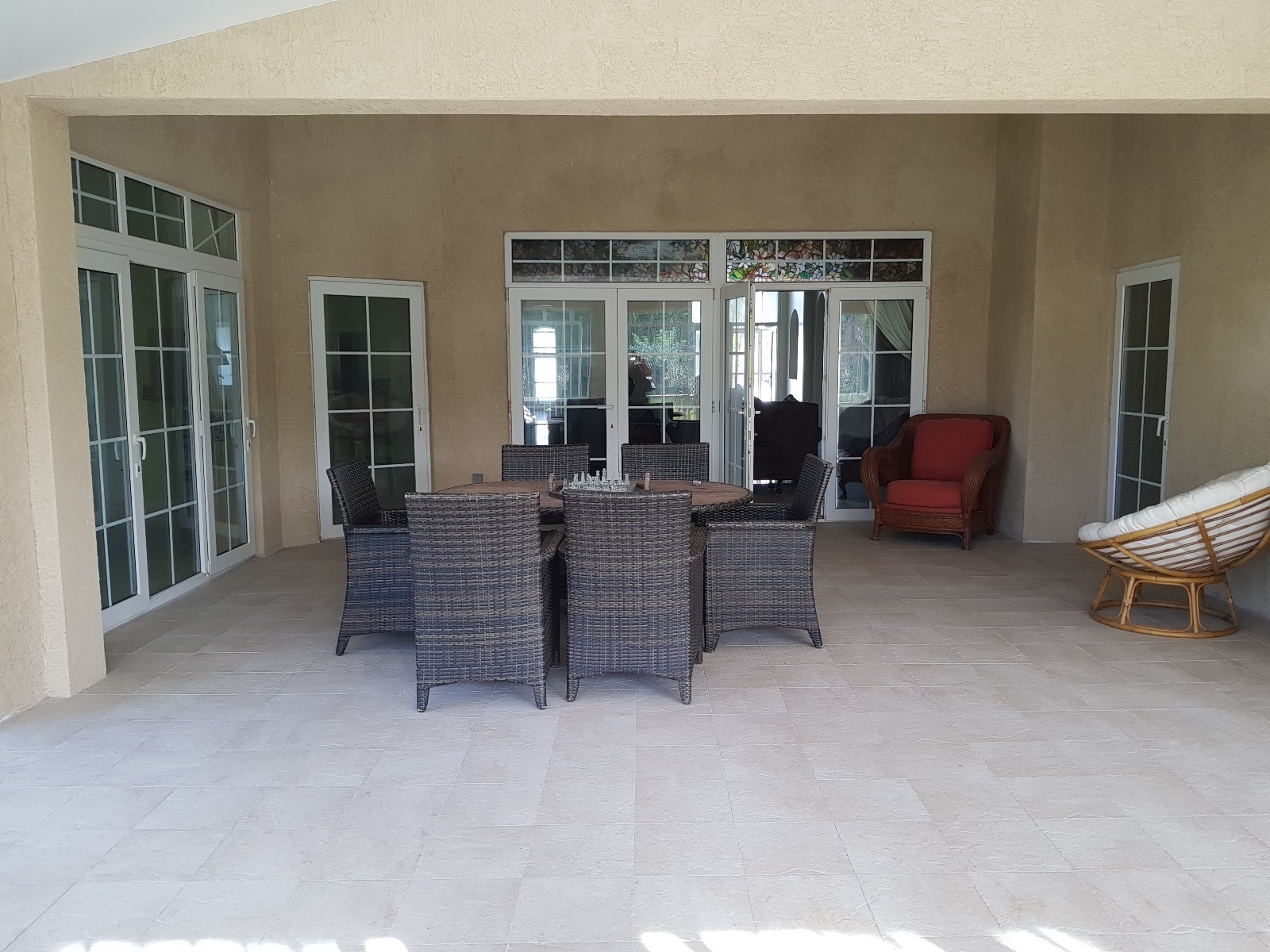 Additional photo for property listing at Great Home Near the Beach Lucayan Beach, Grand Bahama, Bahamas