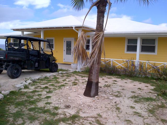 Additional photo for property listing at Beautiful House on Hill Top over looking the Atlantic Ocean and Sandy Point on San Salvador Columbus Landings, San Salvador, Bahamas