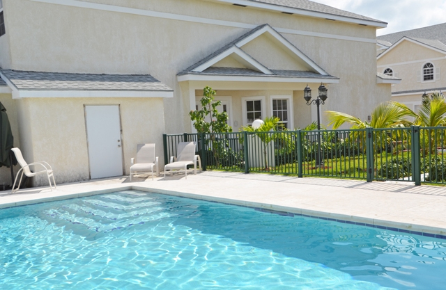 Additional photo for property listing at Estates Of Seaview Townhome The Grove, Nassau And Paradise Island, Bahamas