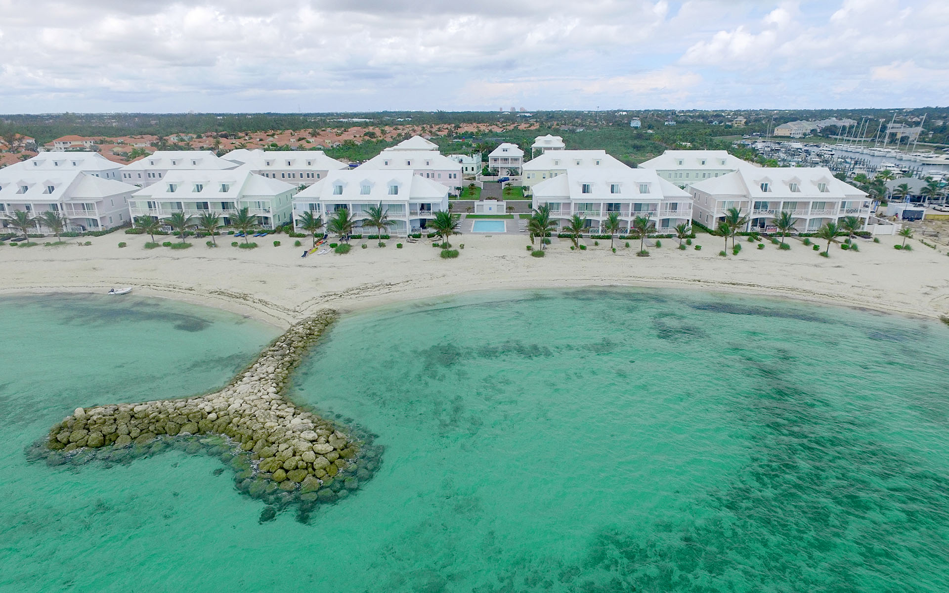 Additional photo for property listing at Delightful 3 Bedroom Townhome Near Beach in Palm Cay - MLS 31296 Palm Cay, Yamacraw, Nassau And Paradise Island Bahamas