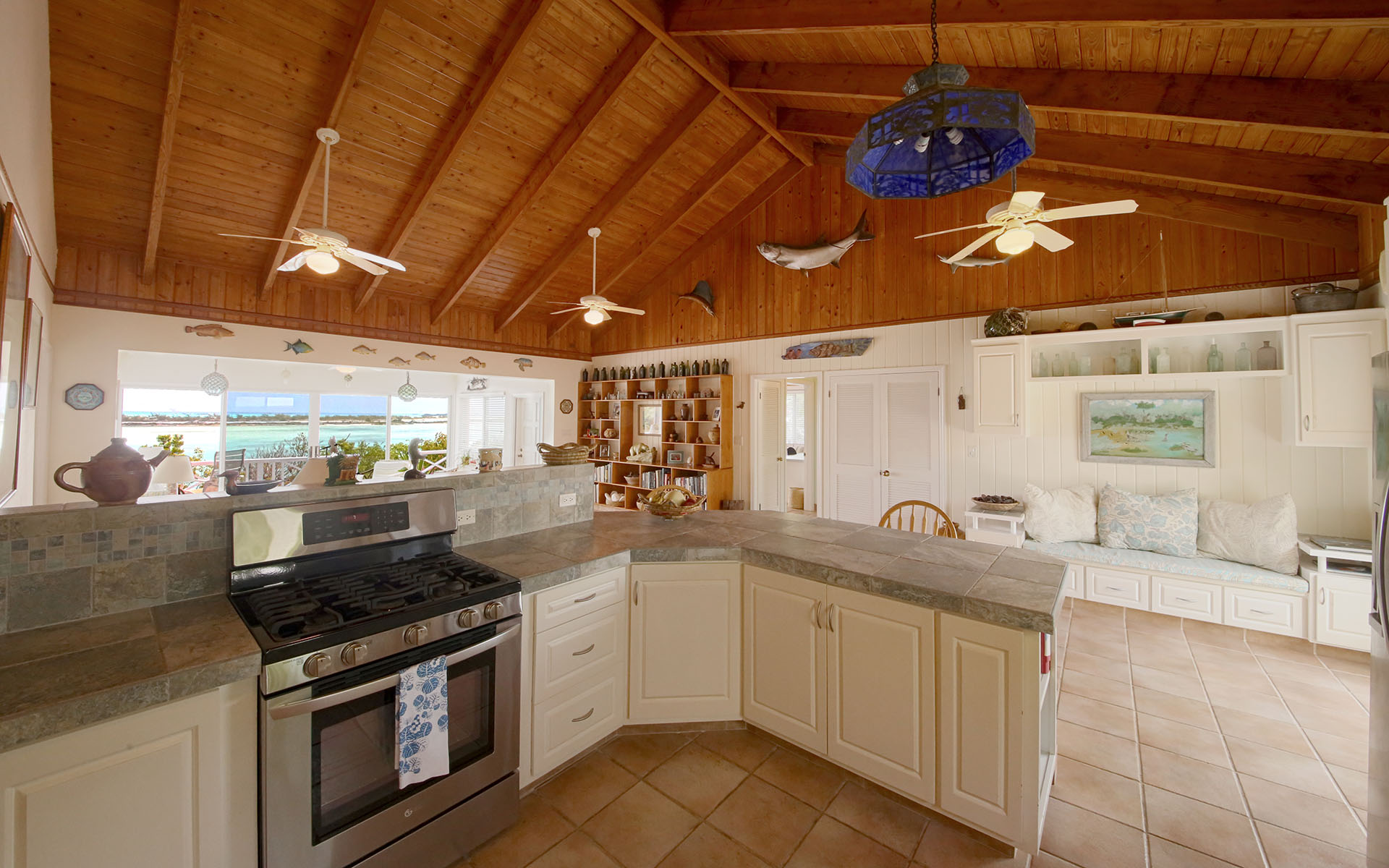 Additional photo for property listing at Madeira - Charming Home and Cottage Overlooking Moriah Harbour Exumas, Bahamas