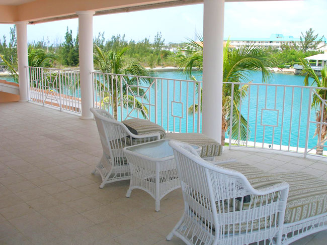 Additional photo for property listing at REDUCED! Flamingo Point Estate バハマ