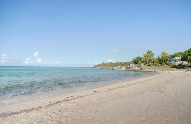 Additional photo for property listing at Central Eleuthera Beachfront Investment Property Eleuthera, Bahamas