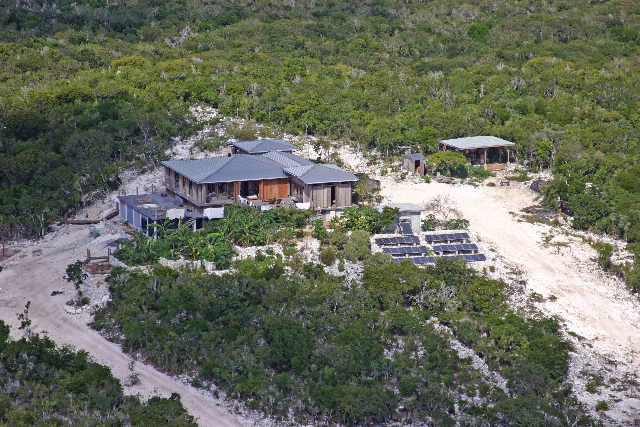 Additional photo for property listing at Off-the-Grid Showpiece Retreat Cat Island, Bahama Eilanden