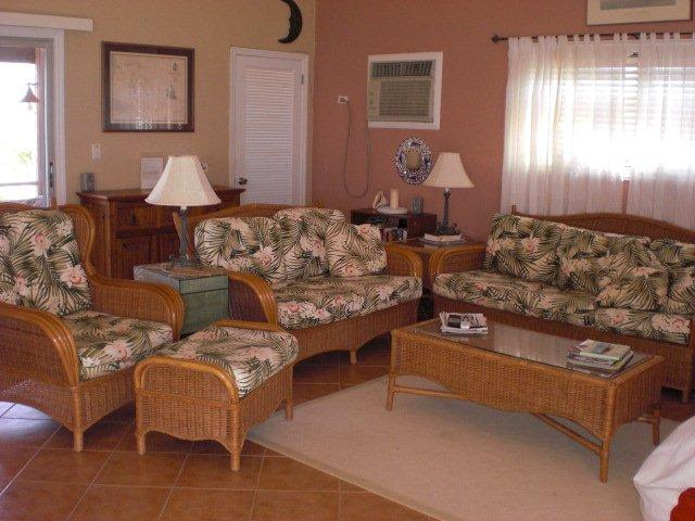 Additional photo for property listing at Galliott Cay Long Island, Багамские Острова