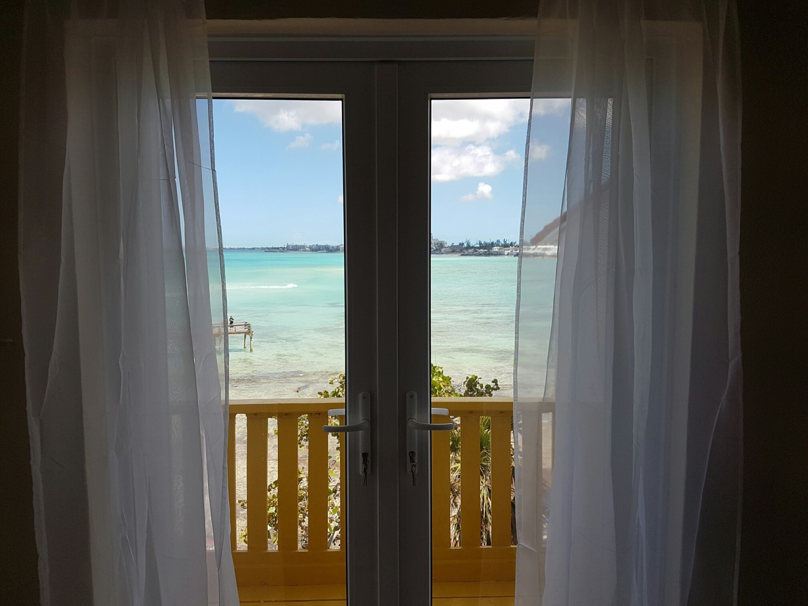 Additional photo for property listing at Delaporte Townhouse with Amazing Ocean Views Delaporte, Nassau And Paradise Island, Bahamas