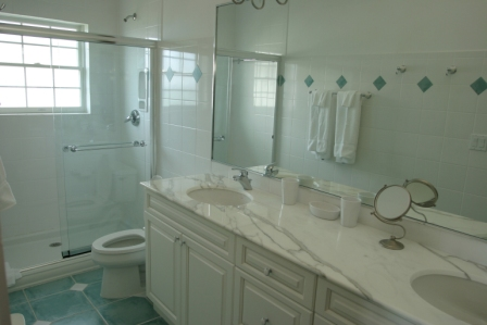 Additional photo for property listing at A Beautiful Home Located In The Prestigious Princess Isle Princess Isle, Grand Bahama, Bahamas