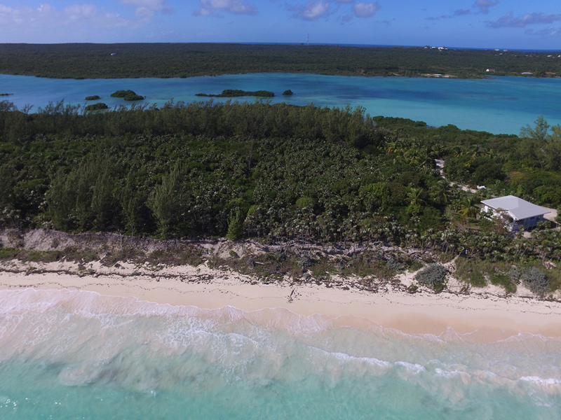 Additional photo for property listing at Sea-to-Sea Beachfront Lot on Windermere Island (MLS 28415) Eleuthera, Bahamalar