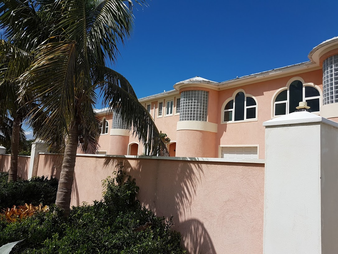 Additional photo for property listing at 6 Unit Residential Townhouses at The Caves Crest, West Bay St West Bay Street, Nassau And Paradise Island, Bahamas