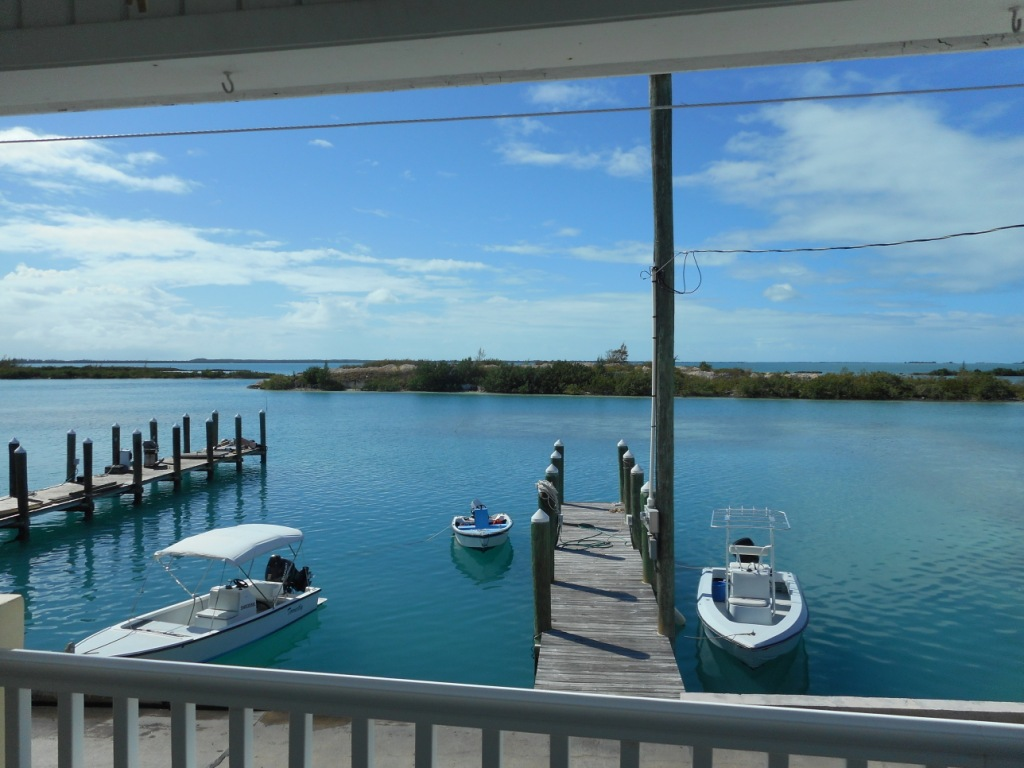 Additional photo for property listing at Harbor Front Home With Private Dock Eleuthera, Bahamas