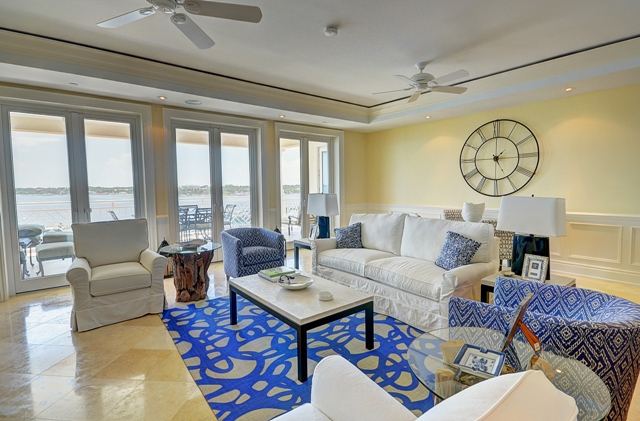 Additional photo for property listing at 4th-Floor Condominium Ocean Club Residences - MLS 32265 Nassau New Providence And Vicinity