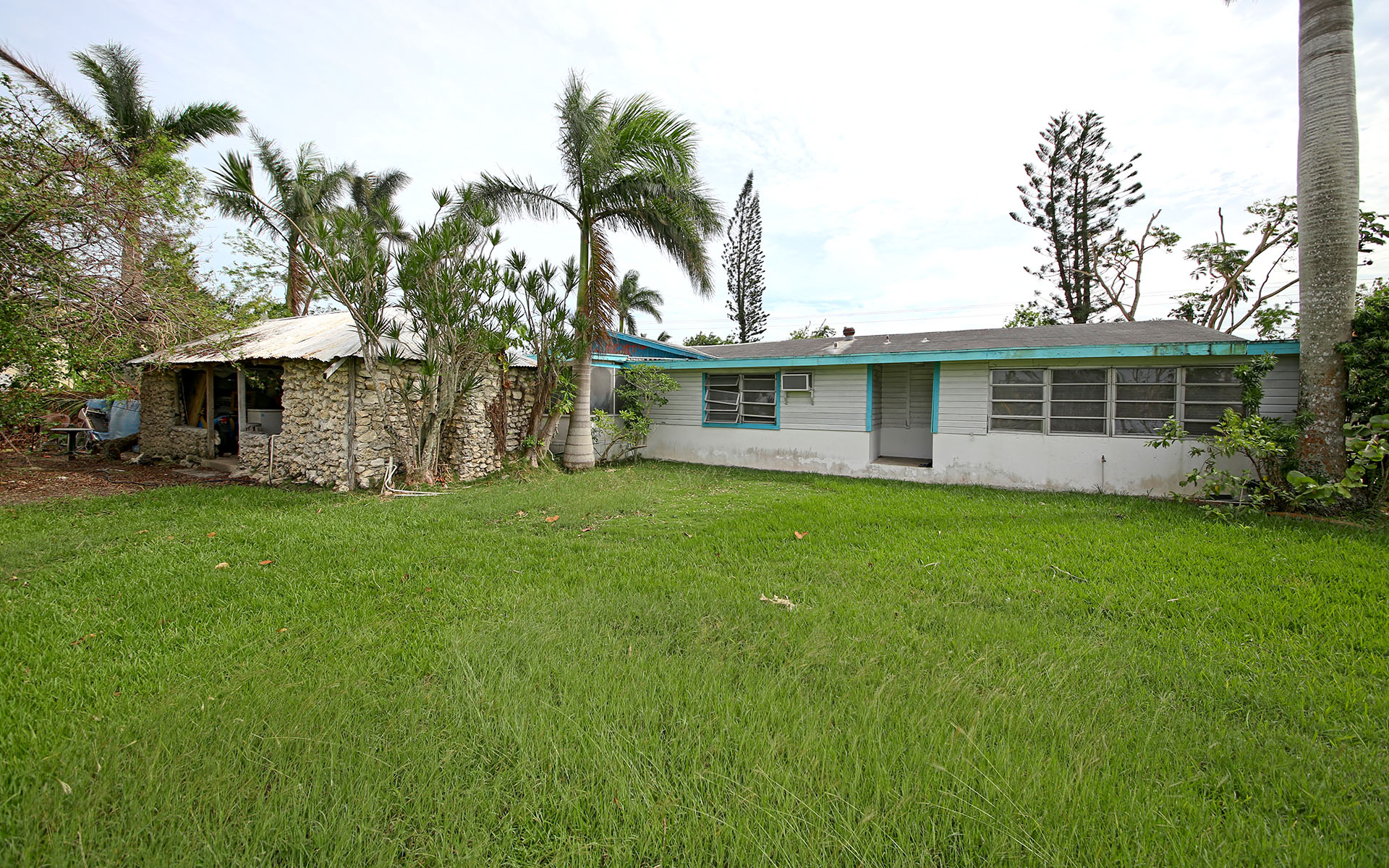 Additional photo for property listing at Commercial Property on Carmichael Road - MLS 28484 Carmichael Road, Nassau And Paradise Island, Bahamas
