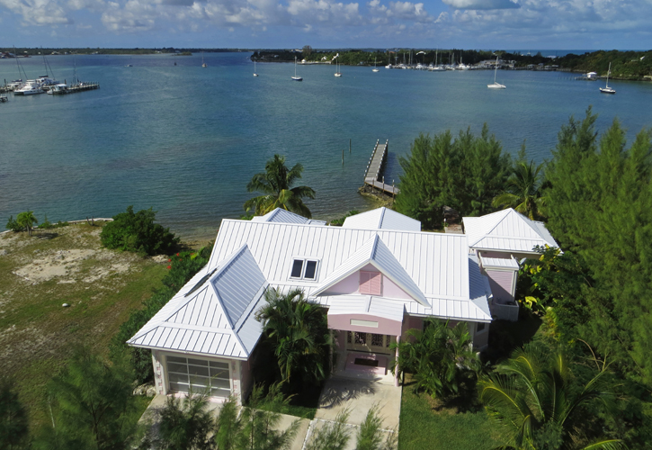 Additional photo for property listing at European Luxury Home Is The Perfect Island Retreat - Brand New Dock (MLS 19075) Abaco, Bahamalar