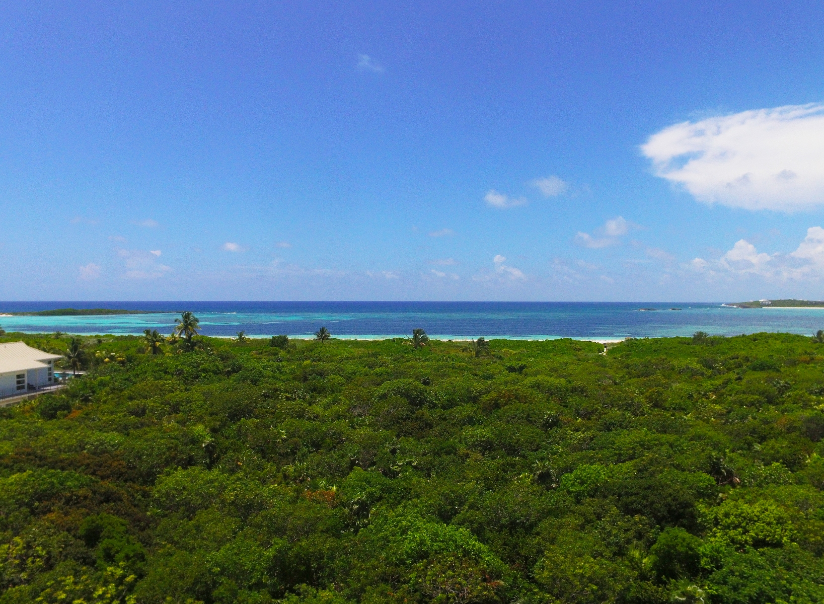 Additional photo for property listing at Stunning Private Beachfront Estate (MLS # 27795) 阿巴科, 巴哈马