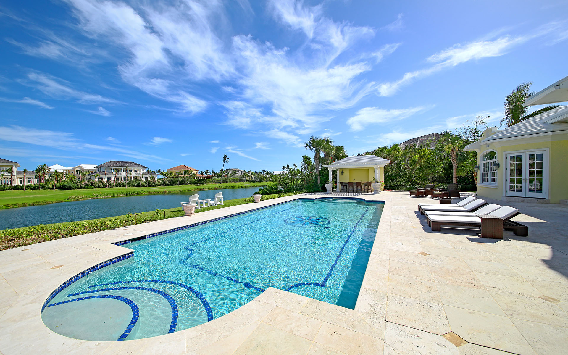 Additional photo for property listing at Ocean Club Estates home on large lot with Panoramic views Ocean Club Estates, Paradise Island, Nassau And Paradise Island Bahamas