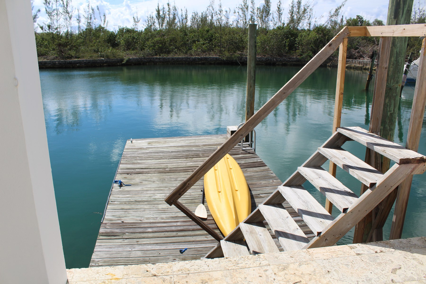 Additional photo for property listing at Tranquil Canal Front Home in Bell Channel Bay バハマ